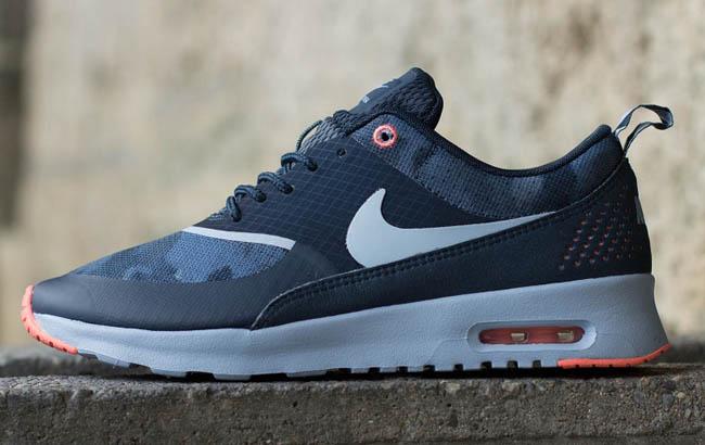 Nike Air Max Thea Flyknit W Lave Sneakers Svart Blå Lilla