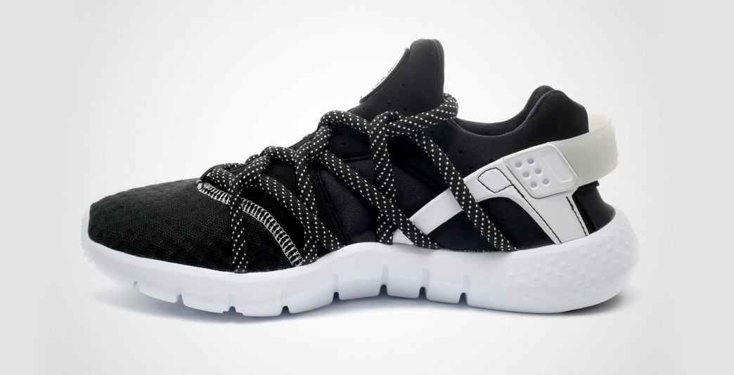 Nike Air Huarache NM Black White