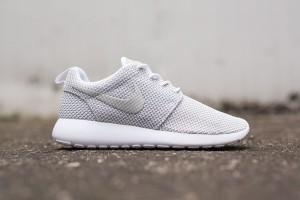 Nike Roshe Run White Metallic Platinum