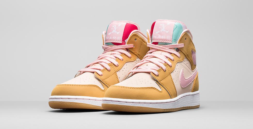 Nike Air Jordan 1 Mid Lola