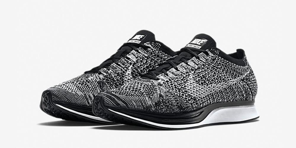 Nike Flyknit Racer Oreo 2 Re-Stock