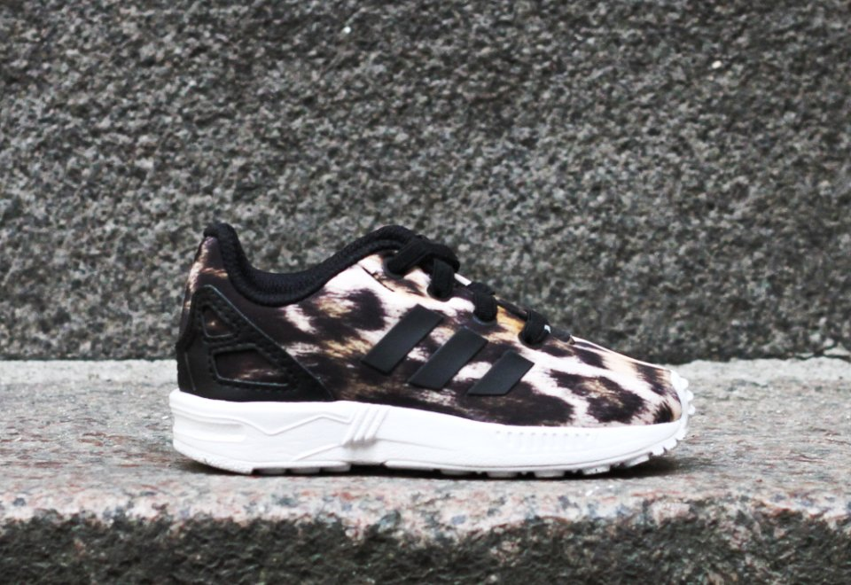 0038adf2 Adidas ZX Flux Arkiv - Cool Sneakers
