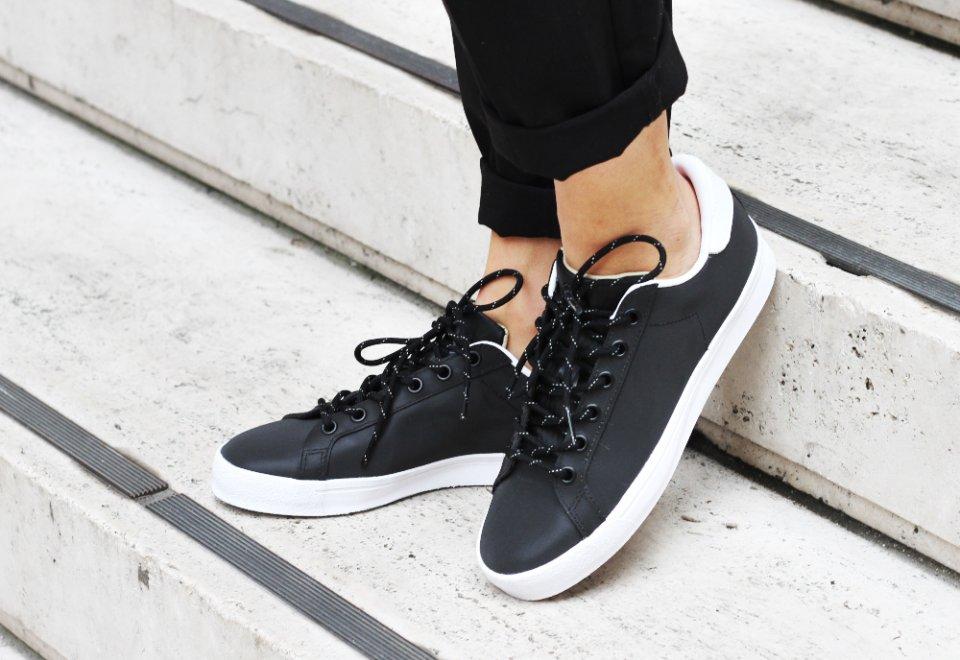 Adidas Rod Laver Black Reflective