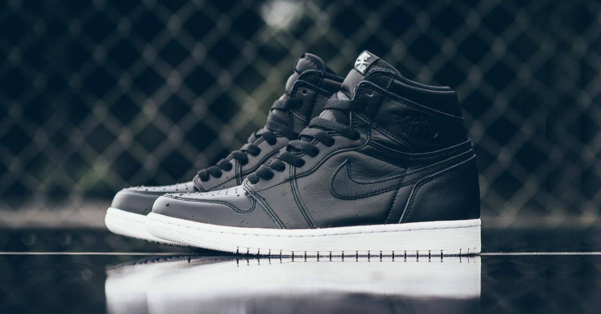Nike Air Jordan 1 Retro High Cyber Monday