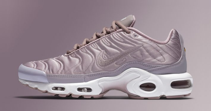Nike Air Max Plus Satin Pack Plum Fog