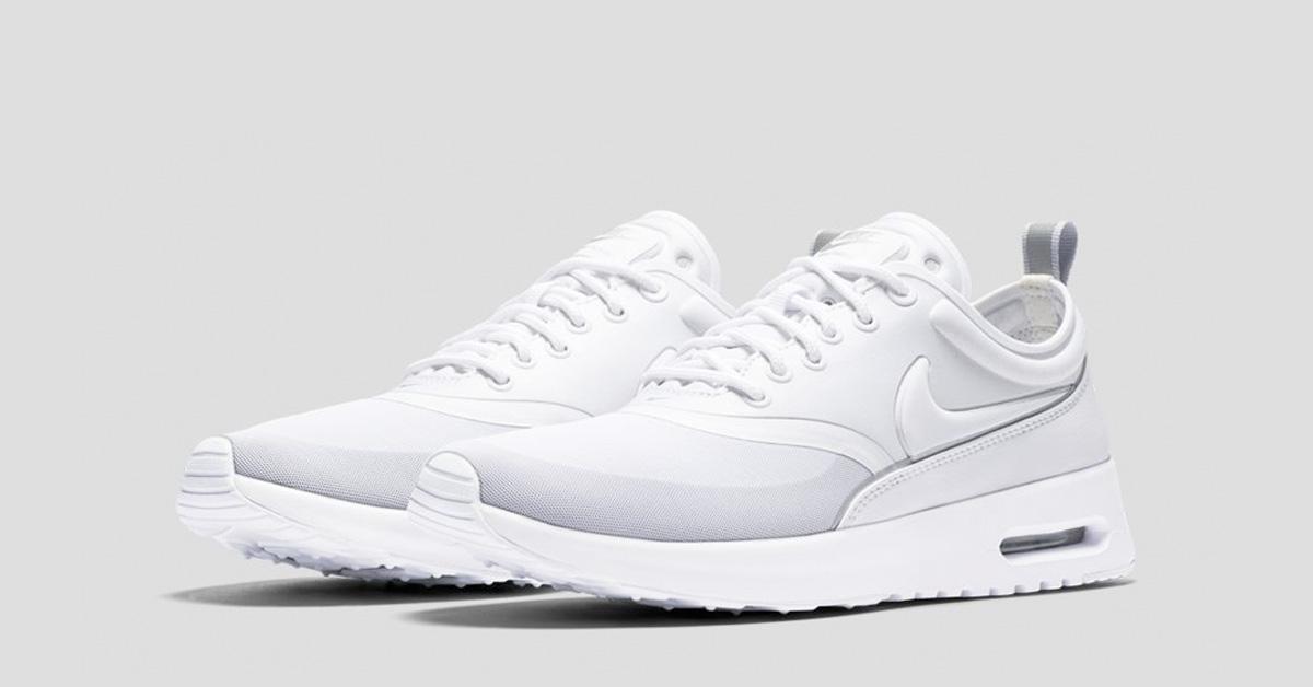 nike air max thea grey and hvid