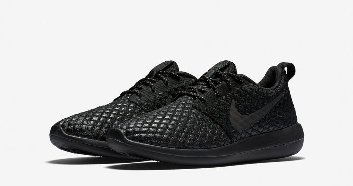 Nike Roshe Two Flyknit 365 Triple Black