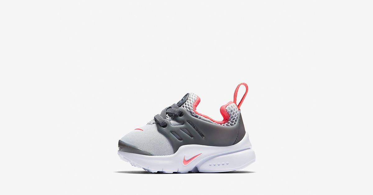 new styles 3533d 92566 Nike Air Max 90 Metallic Silver