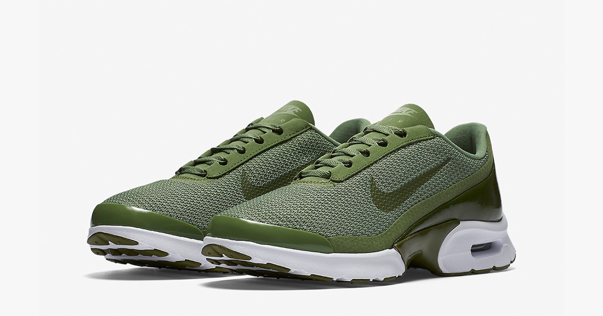 Womens Nike Air Max Jewell Palm Green Cool Sneakers
