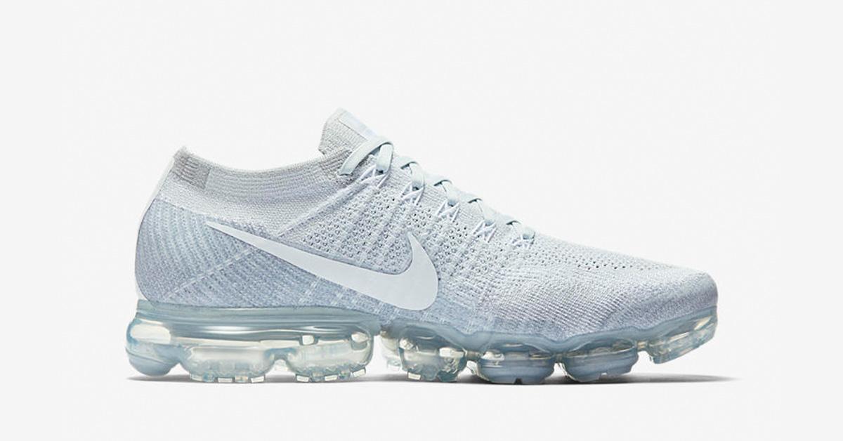 Womens Nike Air Vapormax Pure Platinum Cool Sneakers