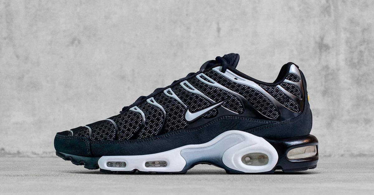 NikeLab Air Max Plus Tn Black Cool Sneakers