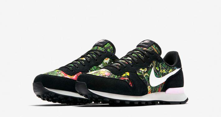 Womens Nike Internationalist Premium Spring Garden