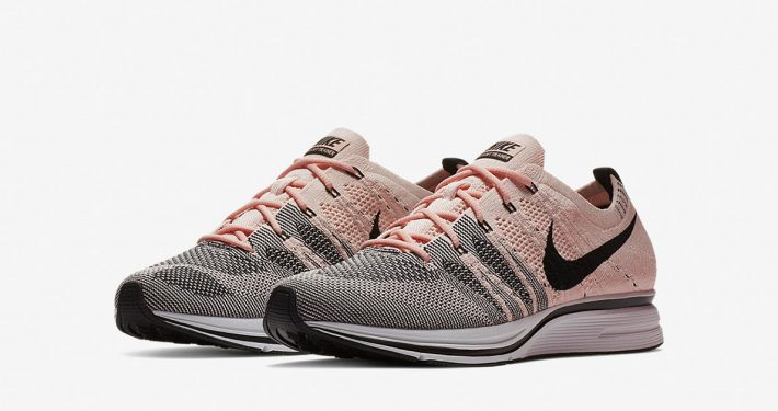 Nike Flyknit Trainer Pink
