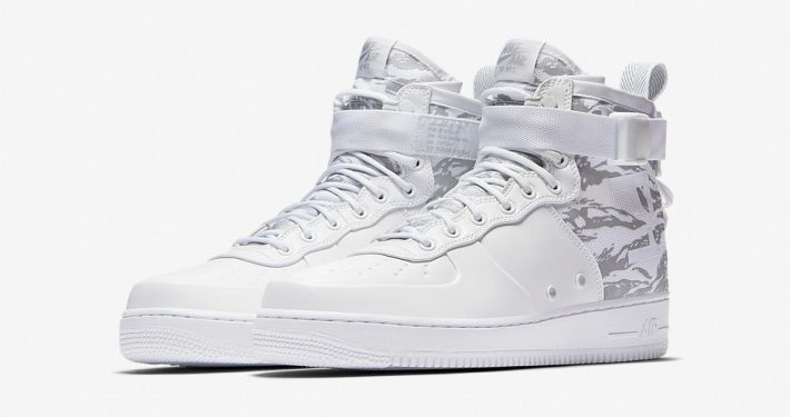 Nike Special Field Air Force 1 Mid Triple White AA1129-100