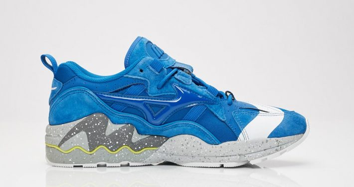 Mita x Mizuno Wave Rider 1 No Border