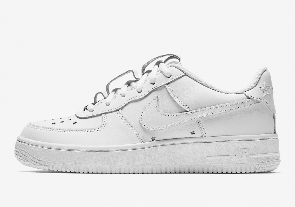 8d296136b8aa8 ... inexpensive nike air force 1 qs independence day hvid ar0688 100 ce266  18bdd