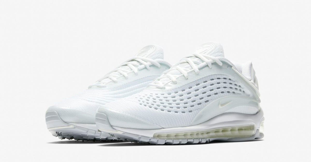 Nike Air Max Deluxe Triple White