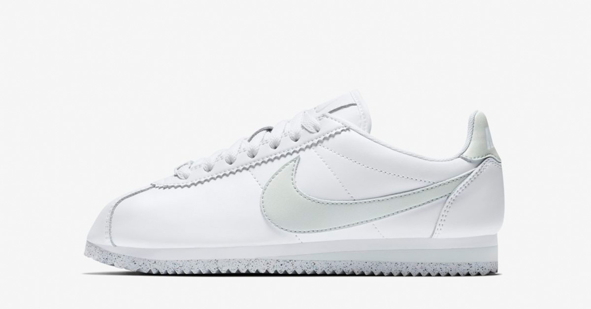 Womens Classic Cortez Flyleather White Light Silver