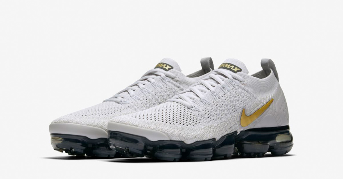 pretty nice 76682 d5958 ... purchase nike air vapormax flyknit 2 til kvinder hvid sort guld cool  sneakers 132af e638c