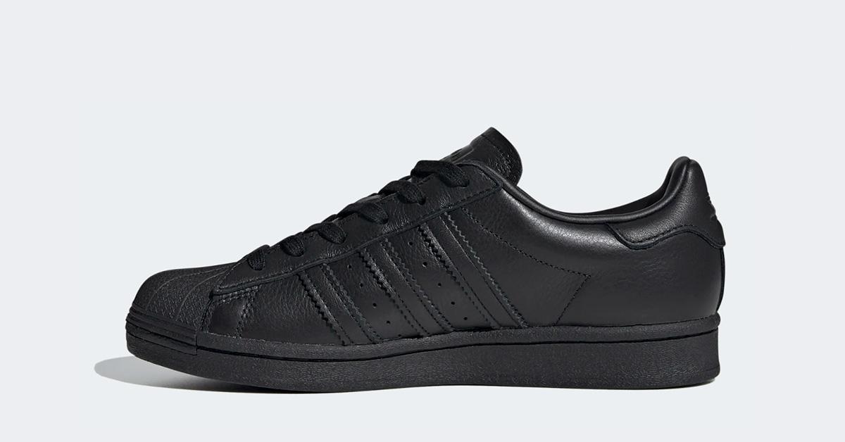 Adidas-Superstar-Spikes-Sort-til-Kvinder-FV3343-04