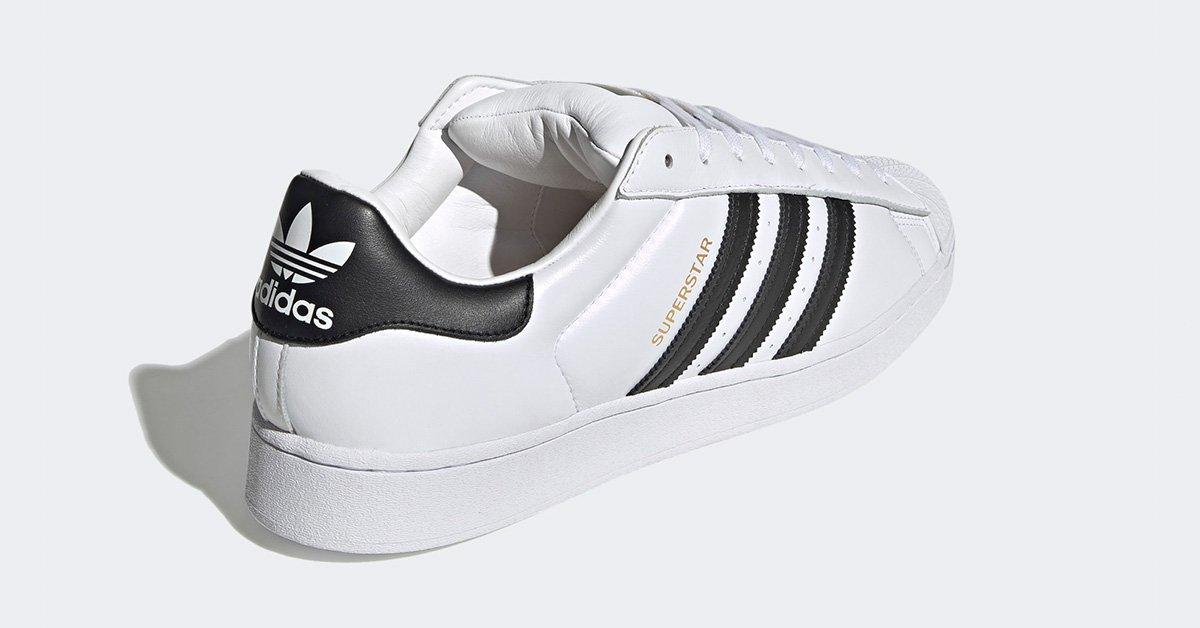 Adidas-Superstar-Superstuffed-GY5167-03