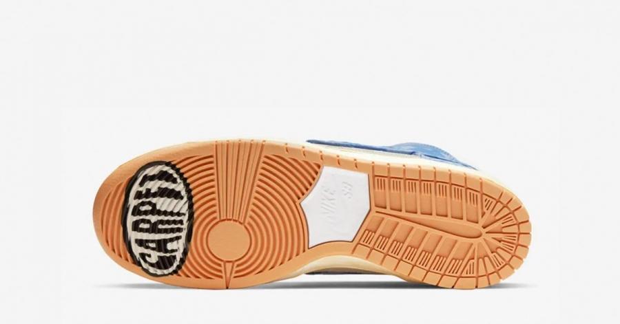 Carpet-Company-x-Nike-SB-Dunk-High-03