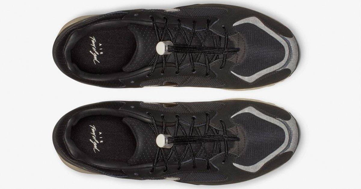 Fear-of-God-x-Nike-Air-Skylon-2-Sort-06