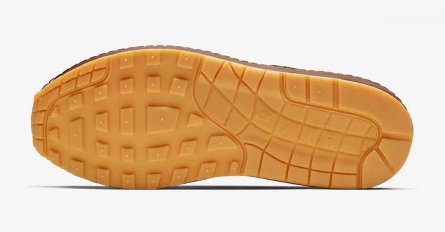 Missing Link x Nike Air Max Susan CK6643-100