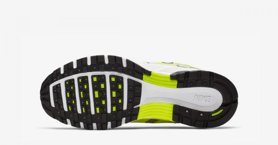 Naked-x-Nike-P-6000-04