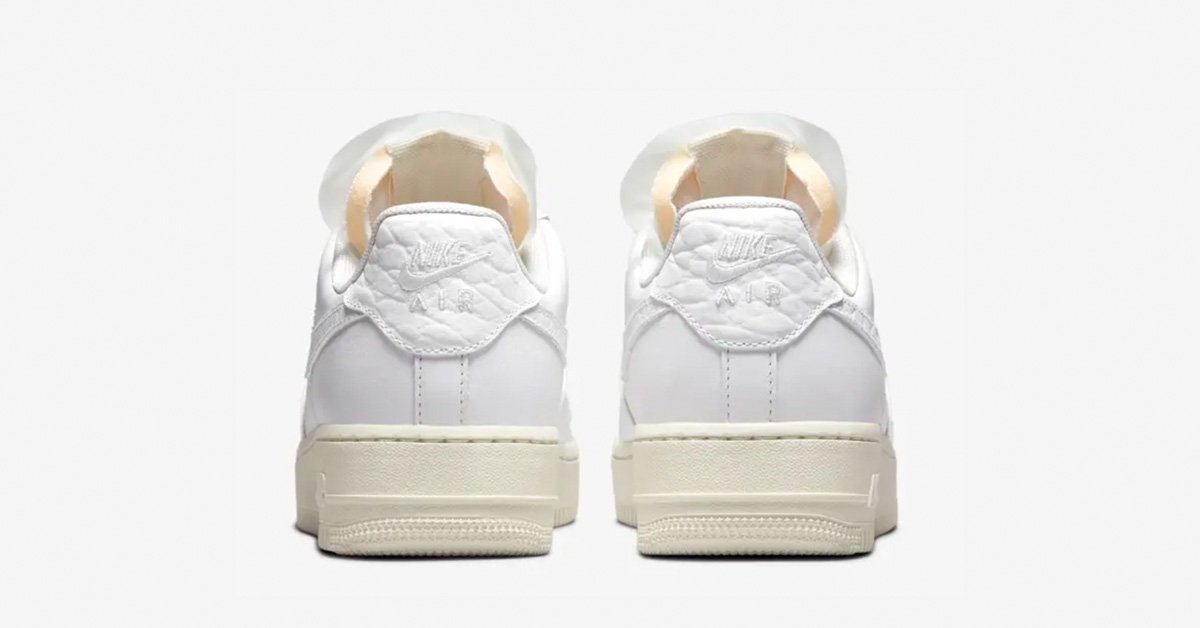 Nike-Air-Force-1-Low-Jewels-DN5463-100-02