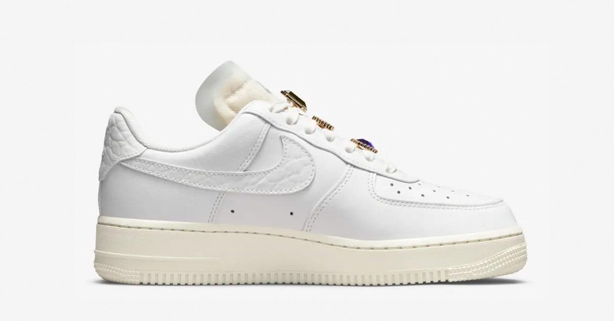 Nike-Air-Force-1-Low-Jewels-DN5463-100-05