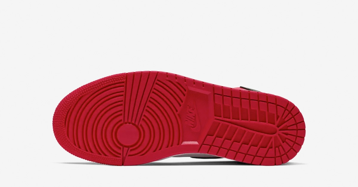 Nike-Air-Jordan-1-Black-Toe-til-Kvinder-04