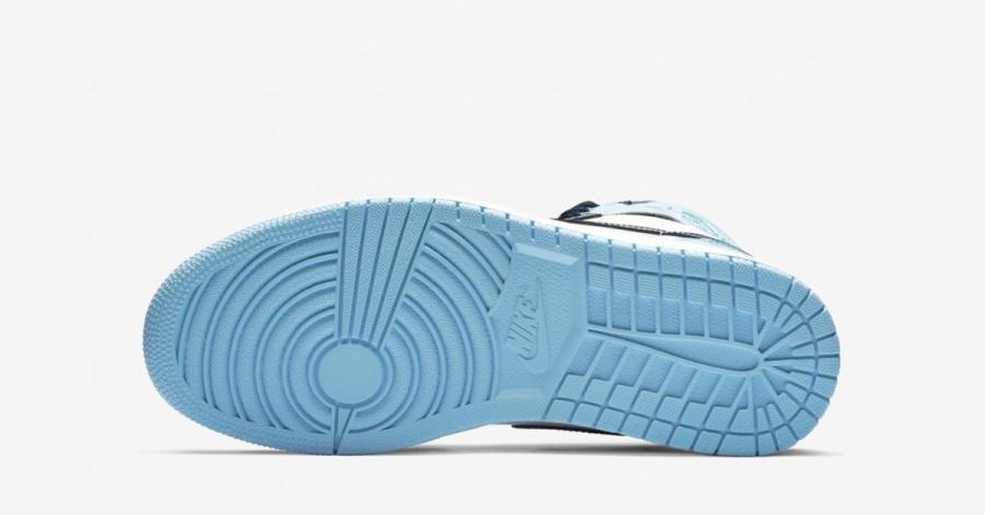 Nike-Air-Jordan-1-High-Lyseblå-til-Kvinder-04