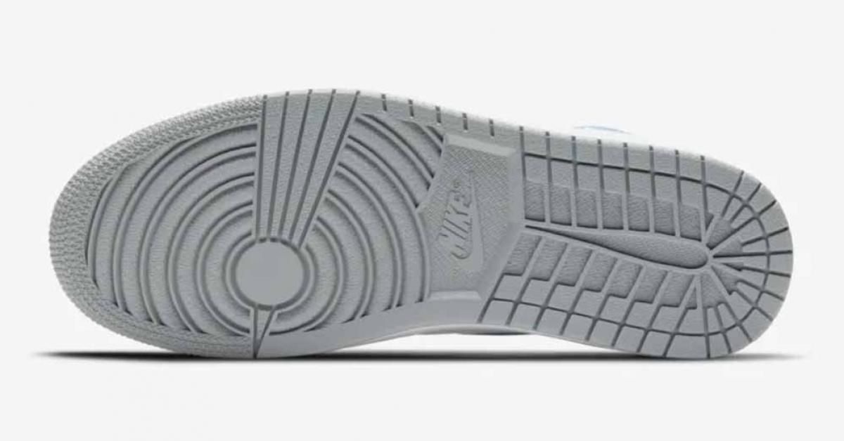 Nike Air Jordan 1 Hyper Royal 555088-402