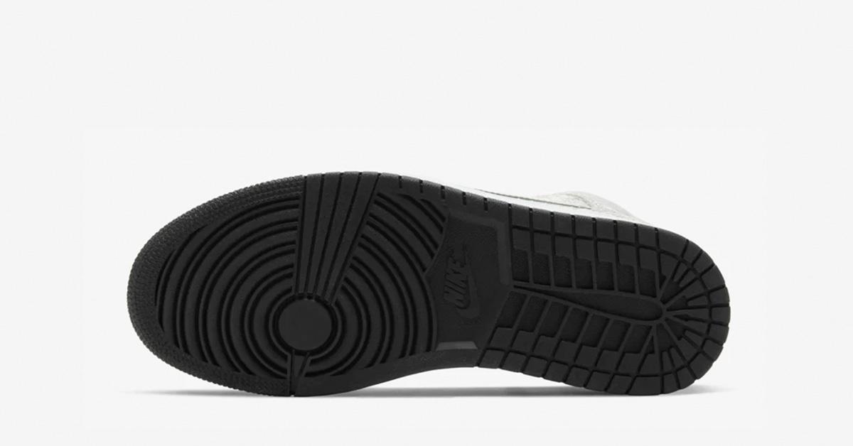 Nike-Air-Jordan-1-Mid-Soelv-04
