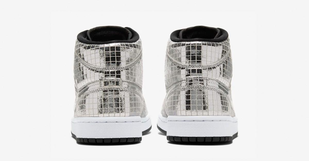 Nike-Air-Jordan-1-Mid-Soelv-05