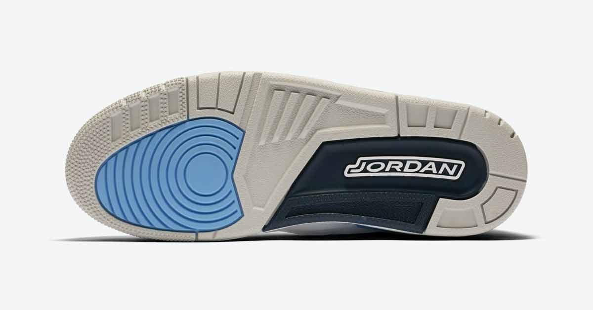 Nike Air Jordan 3 UNC CT8532-104