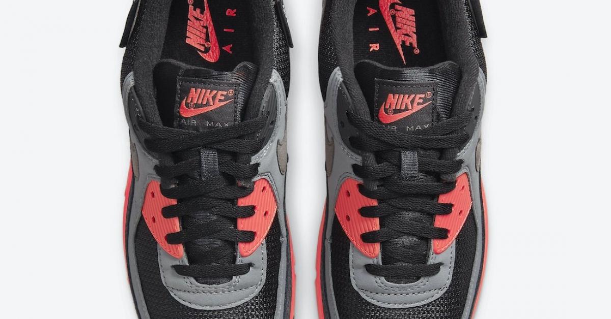 Nike-Air-Max-90-Kiss-My-Airs-DJ4626-001_04