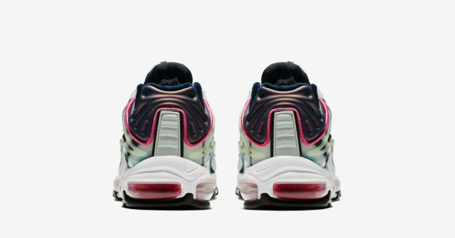 Nike-Air-Max-Deluxe-Enamel-Green-05