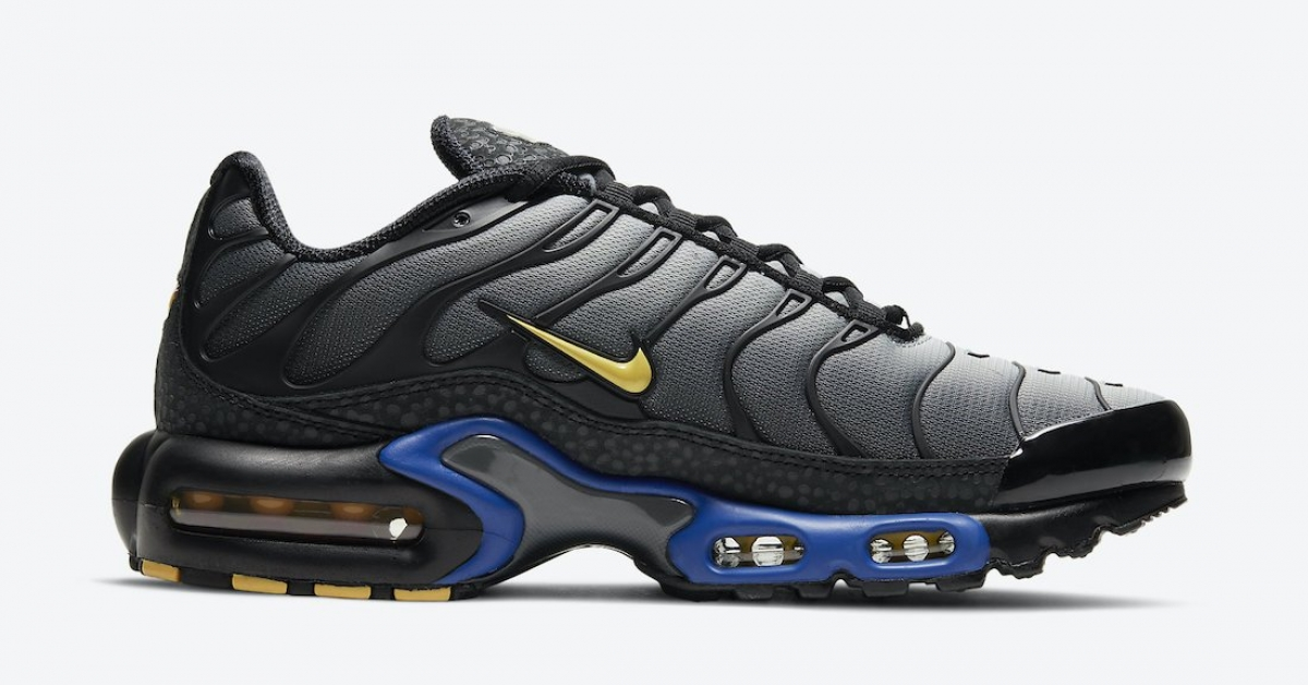 Nike-Air-Max-Plus-Kiss-My-Airs-DJ4956-001_03