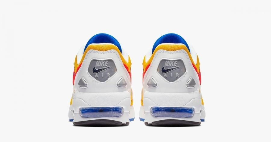Nike-Air-Max2-Light-University-Gold-05