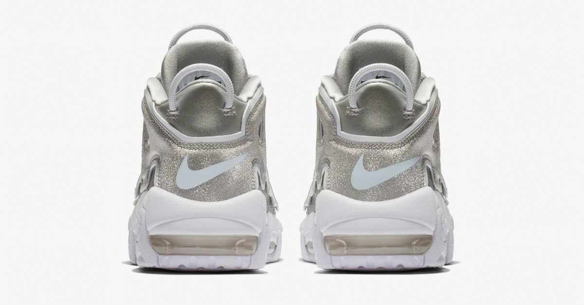 Nike-Air-More-Uptempo-Metallic-Silver-til-kvinder-05