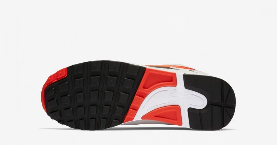 Nike-Air-Skylon-2-hvid-blaa-rod-AO1551-108-05