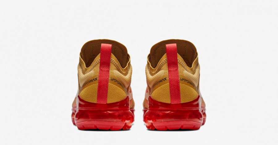 Nike-Air-VaporMax-2019-Club-Gold-05