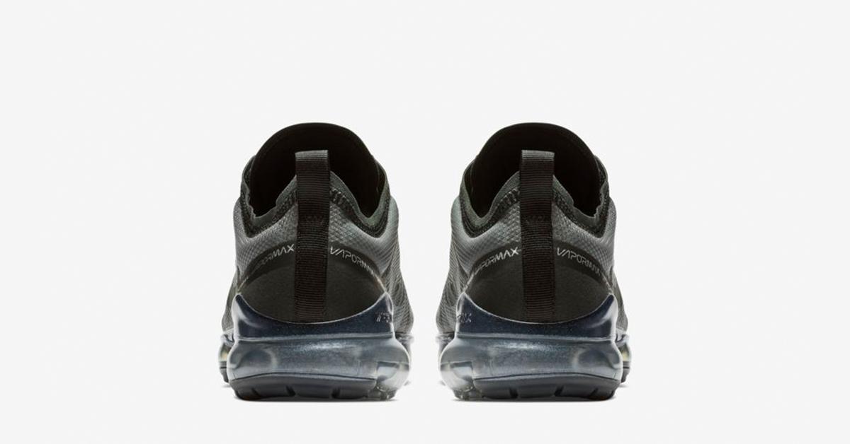 Nike-Air-VaporMax-2019-Triple-Black-AR6631-004-05