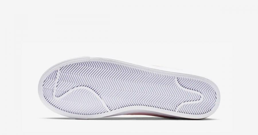 Nike-Blazer-Mid-77-Pink-Foam-04