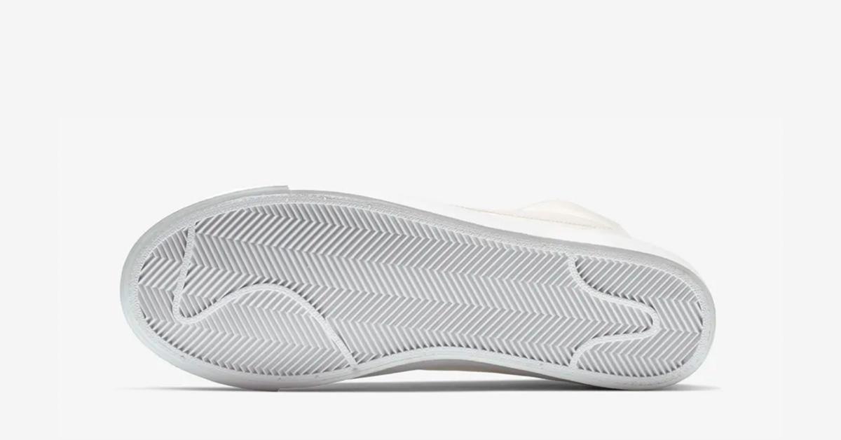 Nike-Blazer-Mid-77-Sail-04
