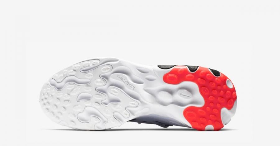 Nike-React-Presto-Rabid-Panda-04