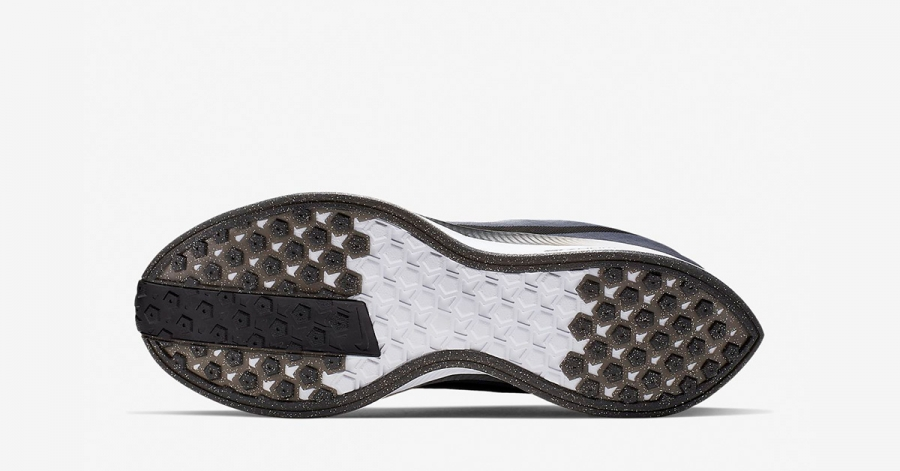 Nike-Zoom-Pegasus-Turbo-Be-True-CK1948-001-03