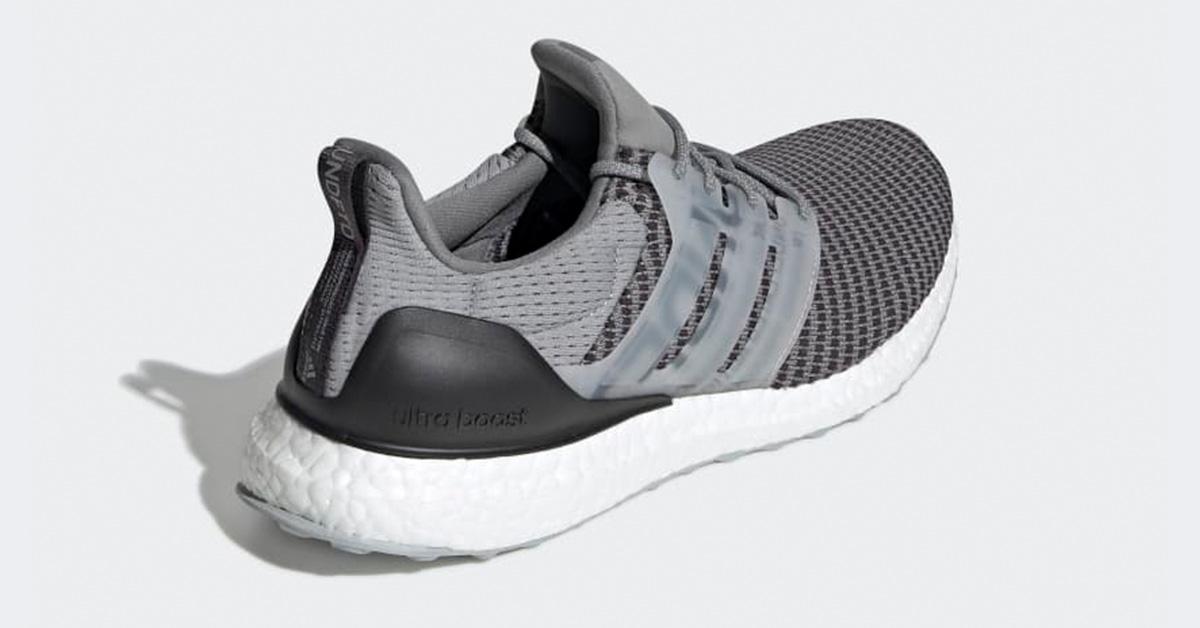 Undefeated x Adidas Ultra Boost Grå CG7148